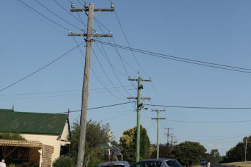 Каково минимальное расстояние между электрическими столбами. А так же где возможно расположение последнего столба с подпорой? BlogStroiki Вопрос - Ответ Мастера
