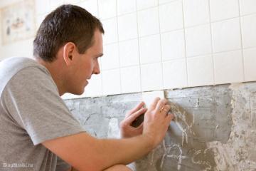 В помещение ванной хотим заменить керамическую облицовочную плитку. Как правильно уложить плитку? BlogStroiki Ремонт ванной комнаты