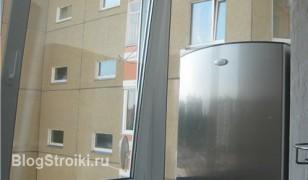 В москве, особенно в старых домах, что ни балкон, то своё ос.